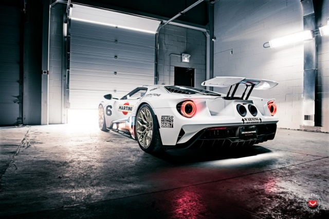 Ford GT Martini Vossen