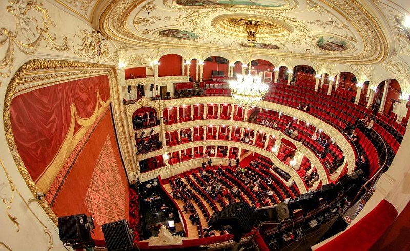A Thealter fesztivált támogató estet tartanak a Szegedi Nemzeti Színházban